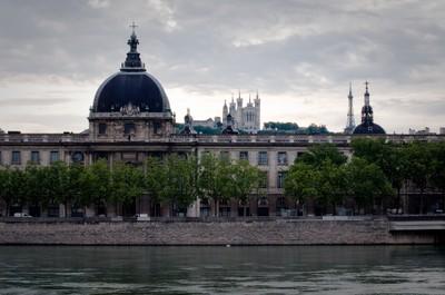 Lyon2